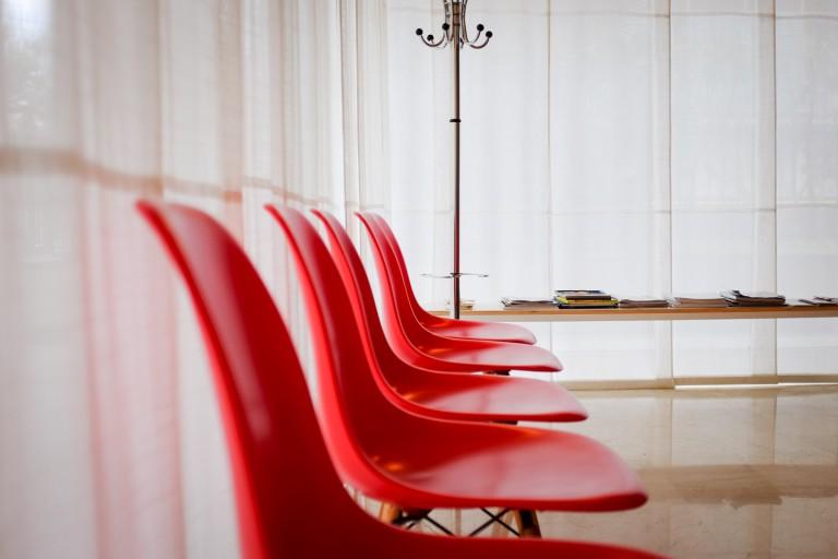 Sala di aspetto principale dello Studio Medico di dermatologia e tricologia B. M. PIraccini